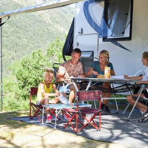 RCN-les-Collines-de-Castellane-camping-in-Verdon-camper (1)