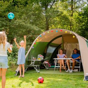 RCN-Vakantiepark-de-Noordster-Dwingeloo-kamperen-op-kampeerveld (2)