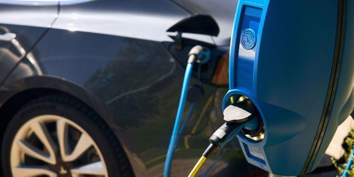Oplaadpunten auto's en fietsen