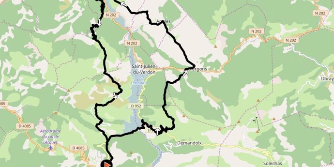 Le tour du lac de Castillon ***