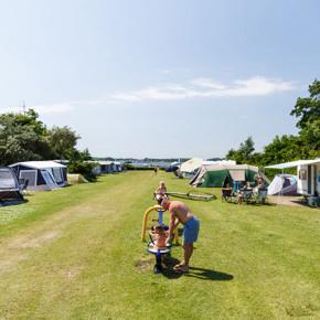 RCN-de-Schotsman-kamperen-aan-het-Veerse-Meer (1)