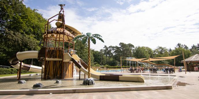 Frisch renoviertes Schwimmbad!