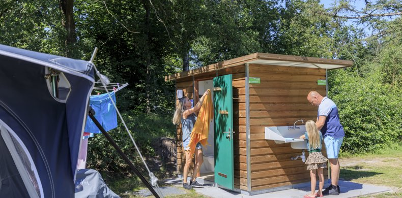 RCN-de-Roggenberg-vakantiepark-in-Drents-Friese-Wold-prive-sanitair-afwas
