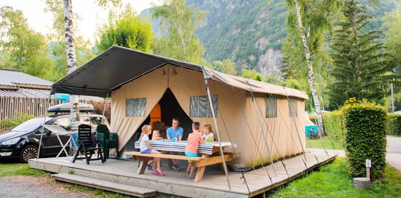 RCN-Belledonne-camping-in-de-Franse-Alpen-safaritent-Verney (1)