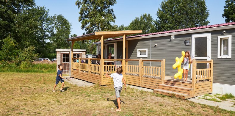 RCN-Zeewolde-vakantiepark-aan-het-water-zuiderzee-chalet-kinderen