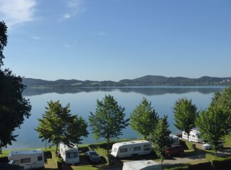 RCN Laacher See | Camping pitch – on the seaside